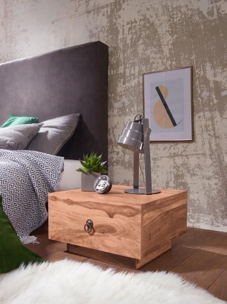WOHNLING Design Nachttisch MUMBAI Massiv-Holz Akazie 40x40x25 cm