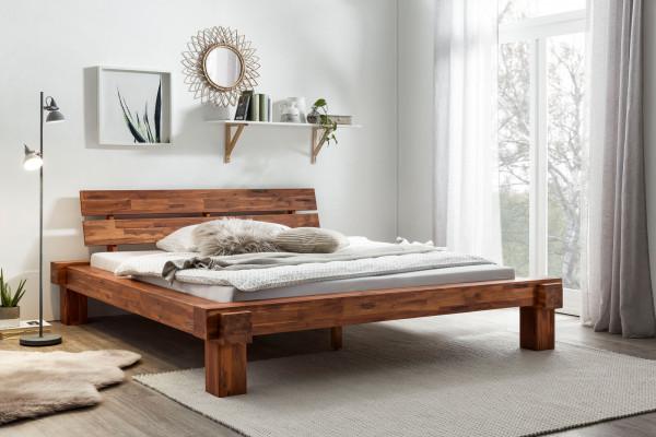 Balkenbett aus Akazie 200x200 cm