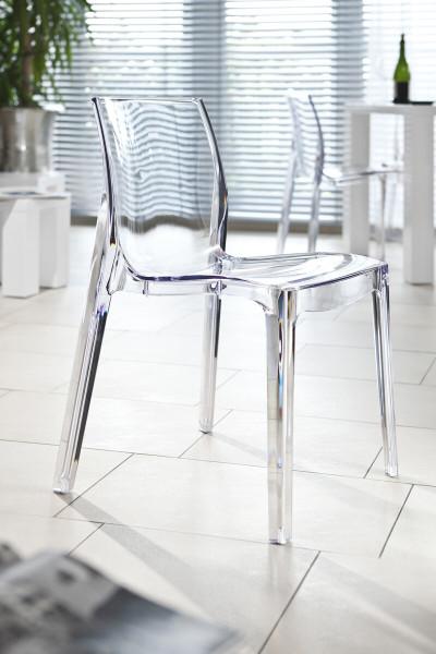 Designer Stuhl transparent aus Kunststoff